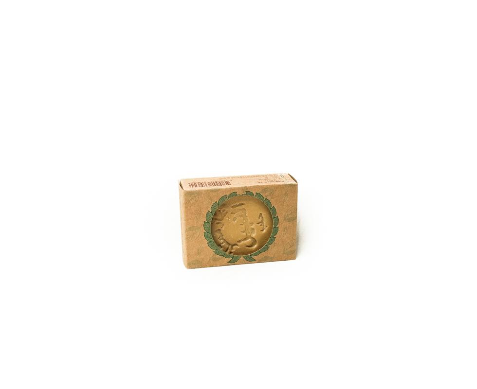 Natürliche handgemachte Klassische Aleppo Noble Seife enthält nebst Oliven- und Lorbeeröl nur Wasser.